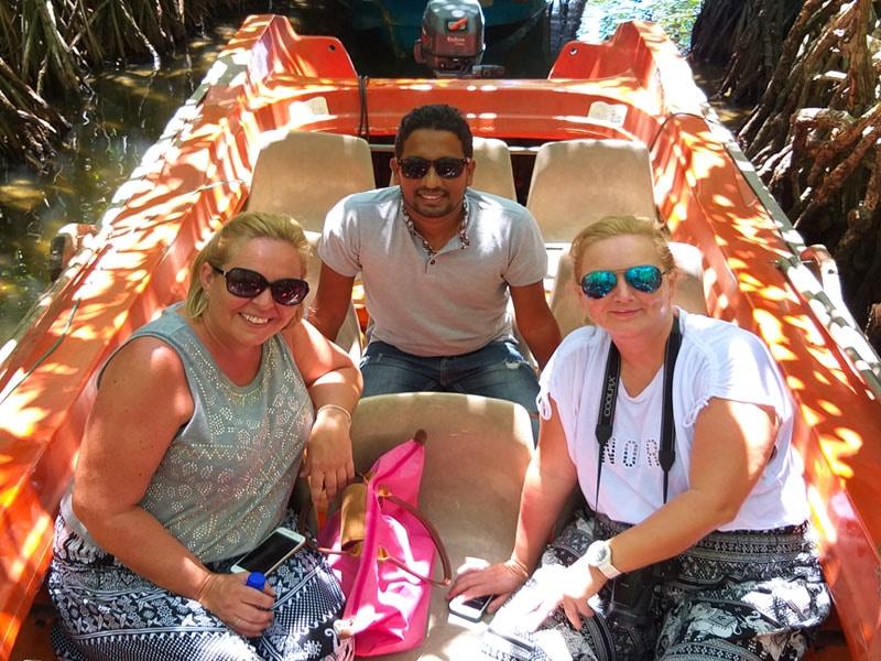 Guide 1 - Rent a tour guide in sri lanka